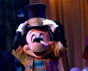 Nieuwe theatershow in Disneyland Paris: Mickey and the Magician!